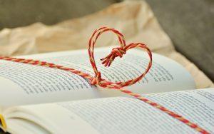 Book-giving | www.patriciabaileyauthor.com