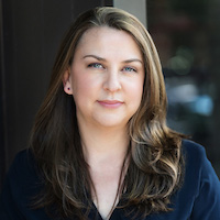 Author Spotlight | Amanda Hosch Talks About Mabel Opal Pear } www.patriciabaileyauthor.com